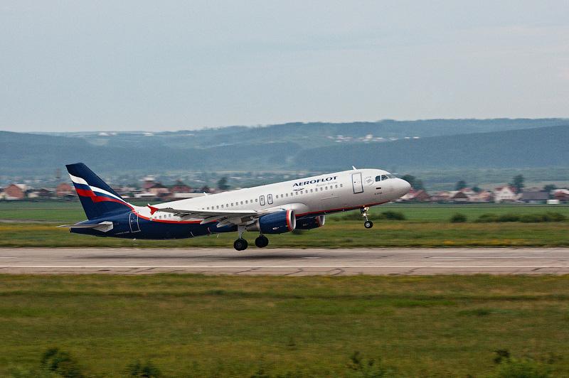 07_airport_012.jpg